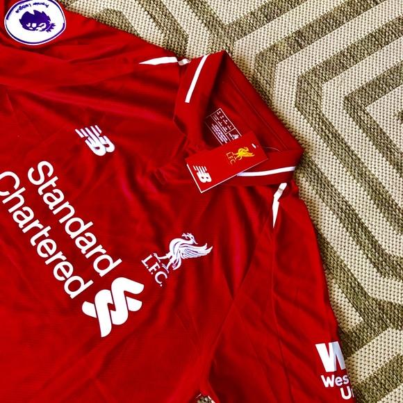 brand new aaeea cf6f8 2018/19 Liverpool home jersey M.Salah Sz medium NWT